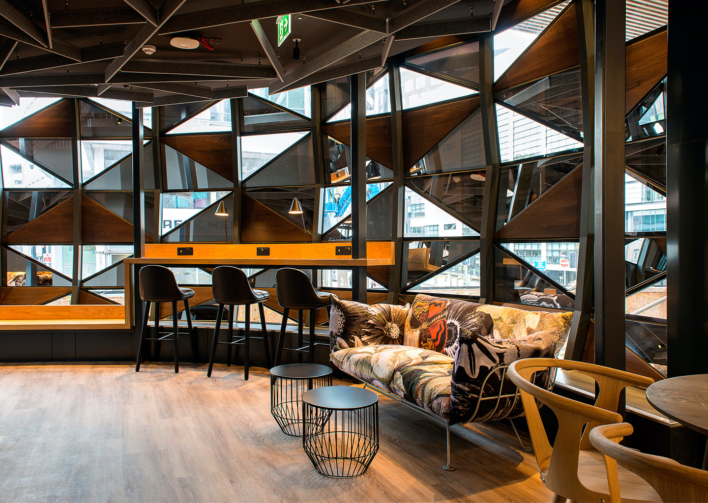 111 Piccadilly Seating Area - JSJ UK Joinery Specialist